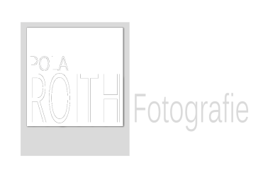 PolaROITH Fotografie   Finkenweg 11   92421 Schwandorf  Mobil (0160) 613 90 91     daniela@polaroith.de